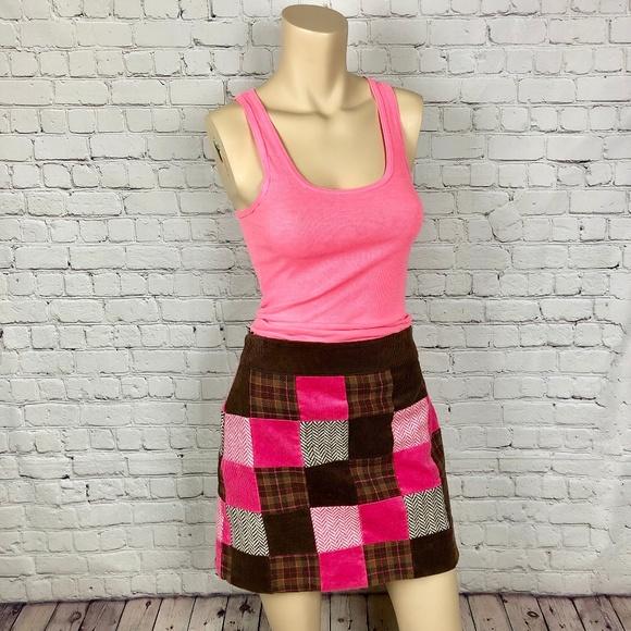 2756389d65 VINEYARD VINES Pink Brown Patchwork Mini Skirt 2. M_5c4dd15ff63eeabc323260ef